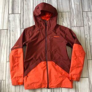 NWOT Patagonia Snowshot jacket.